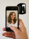 iPhone in Manovra – Arriva lo specchietto retrovisore per gli auto-scatti!
