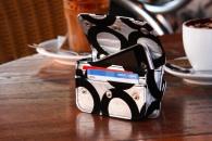 ShowStopper WristBag – La borsetta porta-iPhone da polso