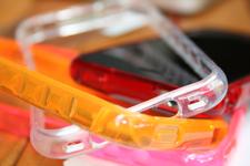 Candy Bumper per iPhone 4 – ZZCase [recensione]