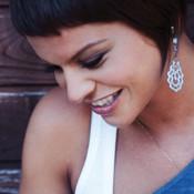 Canta con Alessandra Amoroso – il fan club si trasferisce su iPhone